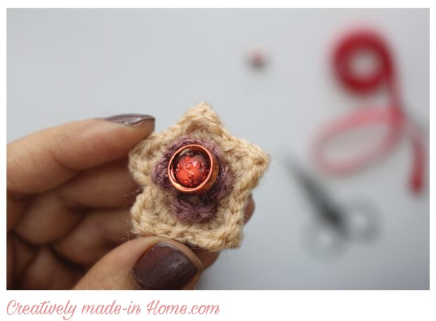 how-to-make-crochet-hand-warmer-for-baby-16