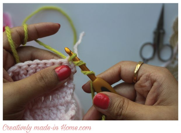 pull yarn from stitch