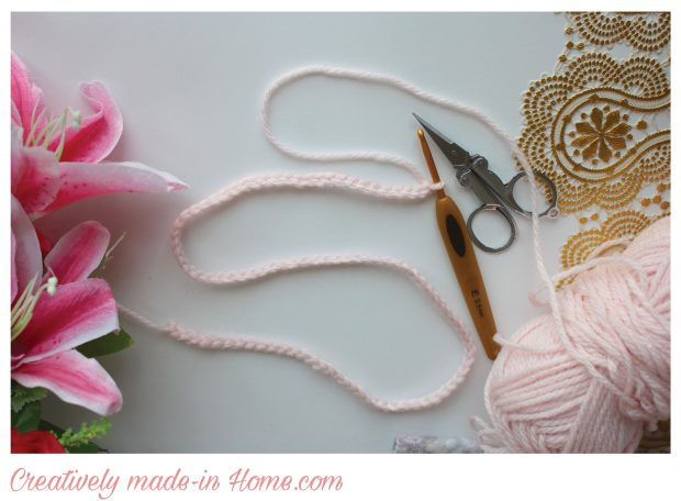 http://creativelymadeinhome.com/wp-content/uploads/2017/05/How-to-make-crochet-jacket-for-infant-Step-01