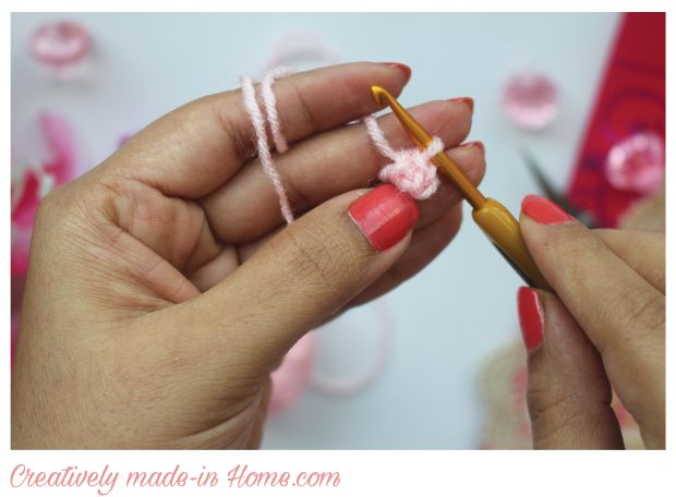 How-to-crochet-3-dimensional-flower--Step-02