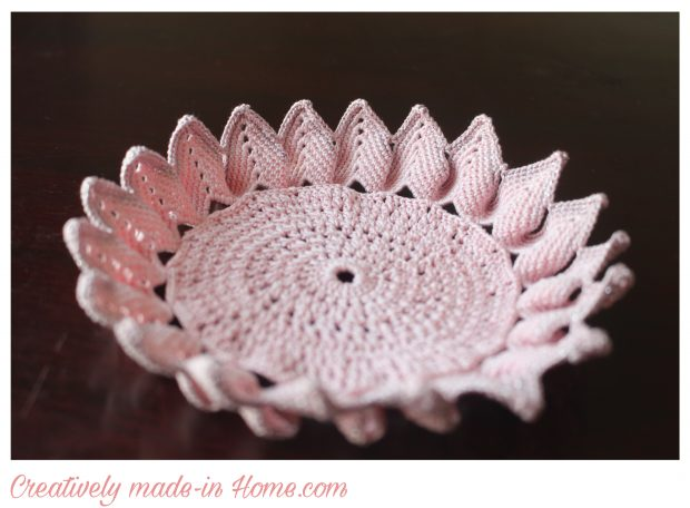 How to crochet a beautiful Doily-Table centerpiece-04